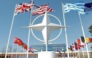 НАТО и Россия обсудили военные учения и Украину