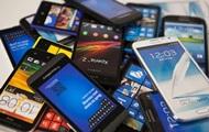 Французским школьникам запретили польоваться смартфонами