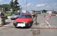На КПП в Донецкой области женщина наехала на пограничника