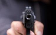 В Мариуполе мужчина устроил стрельбу на детской площадке