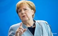 У Меркель опровергли информацию о срочном саммите по мигрантам