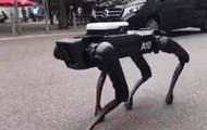 Boston Dynamics выгуляли робота-собаку в Ганновере