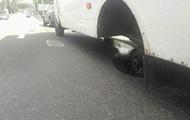 В Полтаве у маршрутки на ходу отпали колеса