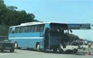 Под Киевом внедорожник врезался в автобус, есть жертвы