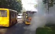 В Ровно на ходу загорелась маршрутка с пассажирами