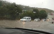 Сильный ливень затопил города в Крыму