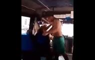 Под Одессой в маршрутке избили женщину на глазах у пассажиров