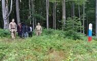 На границе со Словакией задержали группу нелегальных мигрантов