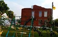 Под Харьковом ветер снес с детсада новую крышу