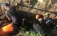 Под Киевом рабочих засыпало землей, есть жертвы