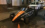 Редкий спорткар запечатлели на украинских дорогах