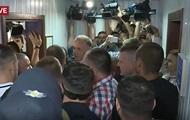 В суде по делу Януковича произошла потасовка