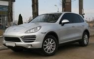 В Одессе у инспектора ГФС нашли Porsche Cayenne
