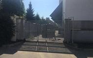 Под Одессой металлические ворота убили ребенка