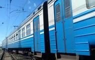 В Харьковской области электрички сбили двух человек