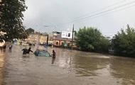 Українців чекають ще грози і сильні зливи