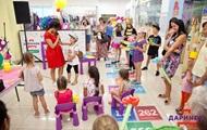 Школьная ярмарка на Дарынке: к новому учебному году готов