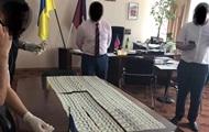 Глава района в Хмельницкой области попался на взятке в $33 тысячи