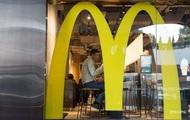 В США более полтысячи людей отравившихся салатами из McDonald's