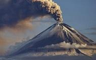 В Италии проснулся самый активный вулкан Европы