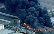 В Австралии горит химический завод