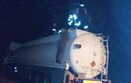 В Ужгороде водитель бензовоза погиб в цистерне собственной машины