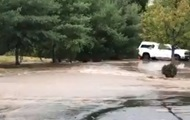 В США ливни затопили три штата