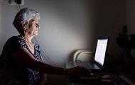 Супрун призвала чаще общаться с бабушками и дедушками