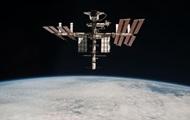 У американских астронавтов на МКС сломался скафандр