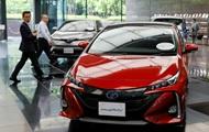 Toyota відкликає більше 2,4 млн гібридних авто