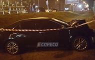 Пьяный водитель в Киеве устроил тройное ДТП