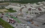 При обрушении торгового центра в Мексике погибли семь человек