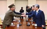 Министры Южной Кореи и КНДР проводят встречу
