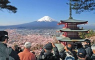 Турпотік до Японії впав вперше за шість років
