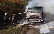 У Тернопільській області на дорозі згорів КамАЗ