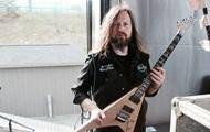 Умер гитарист группы All That Remains