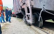 У житловому районі Ужгорода зійшов з рейок потяг