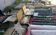 У Бахмуті знайшли велику схованку зброї