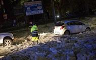 Ливень и плавающие льдины: видео непогоды в Риме
