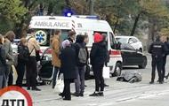 В Киеве на остановке умер мужчина
