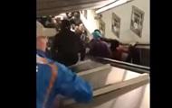 В метро Рима сломался эскалатор с футбольными фанатами, есть раненые