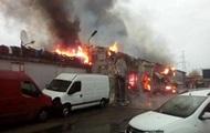 На СТО в Киеве сгорели семь автомобилей