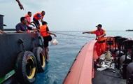 При крушении самолета в Индонезии никто не выжил