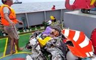 Авиакатастрофа в Индонезии: найдены первые тела