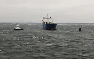Эстонский паром потерял управление и застрял в Балтийском море