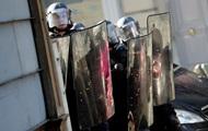 Более ста человек задержали во Франции за беспорядки на Хэллоуин