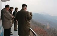 Ядерные ракеты и военные базы. Что прячет КНДР
