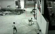 Школьник упал на друга с 12-метровой высоты