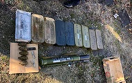 В Торецке обнаружили крупный схрон боеприпасов и гранатомет