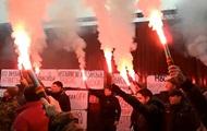 В Киеве требуют отставки Авакова